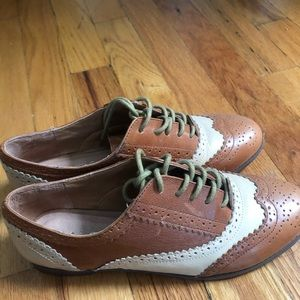 Aldos size US6 brown and beige Oxford shoes
